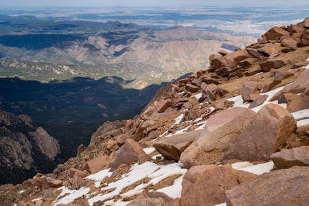 Summit of Pikes Peak (Americas Mountain) in Colorado, over 14,000 feet in elevation 版權商用圖片