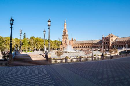 spanish architecture: Plaza de Espana in Seville. It is a landmark example of the Renaissance Revival style in Spanish architecture.