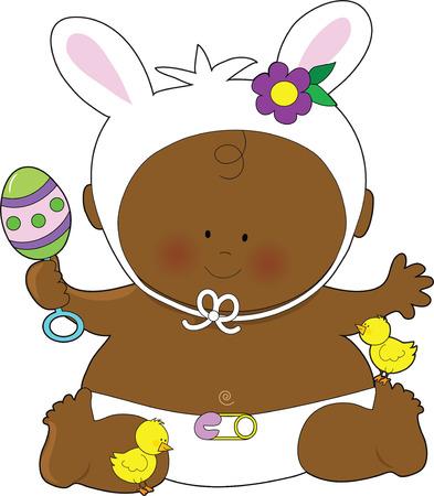 disfrazados: Un lindo beb� vestido como un conejito de Pascua con un sonajero y poco pollitos a sus pies