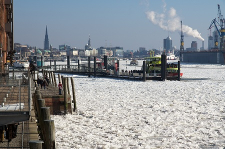 Winter at Hamburg and ice on river Elbe Stock Photo - 12256646