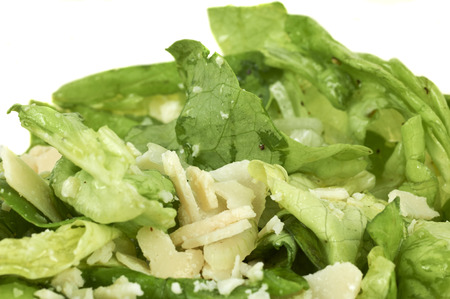 Fresh Made Green Salad With Cheese Topping Standard-Bild