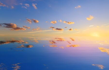 abstract imitation of the reflection of the sky / background picture is the natural beauty 版權商用圖片