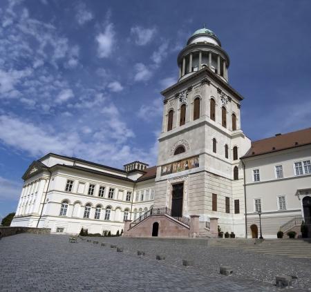 De binnenplaats van het historische basiliek op Pannonhalma, Hongarije.