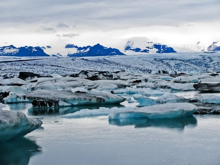 Icebergs carved off a glacier in southern Iceland. Stock Photo - 7452184