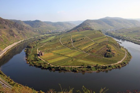 mosel: tight river bend of river Mosel