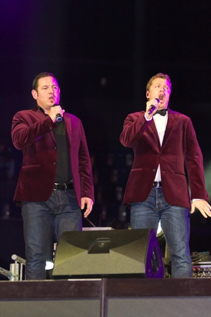 ger: ZURICH-NOV. 30: Quartett Swiss star tenors of group I Quattro perform the showact at indoor bike challenge Sixday-Nights Z�rich 2011 at Zurich Hallenstadion November 30, 2011 in Zurich SUI.