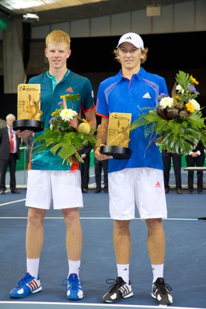 paribas: ZURICH, SWITZERLAND-MARCH 24: Award ceremony of talents competition for winner Kyle Edmund (l.) and Mitchell Krueger 2. at BNP Paribas Open Champions Tour in Zurich, SUI on March 24, 2012.