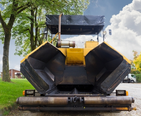 constrution: large Road constrution machinery tire asphalt paver