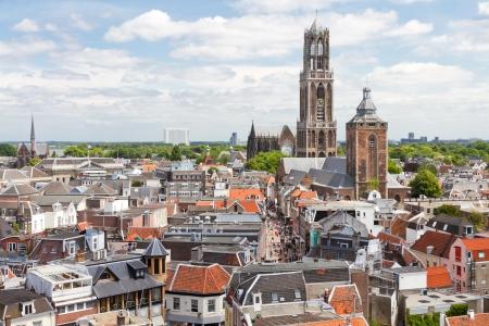 Domtoren en de kathedraal van Utrecht, Nederland Redactioneel