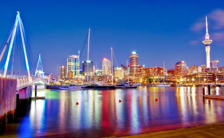 De Nieuw-Zeelandse stad Auckland staat bekend om de productie van een groot aantal van 's werelds internationale topjachten, in Auckland, Nieuw-Zeeland. Stockfoto