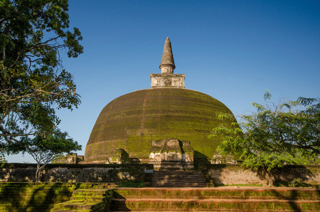 dagoba: Polonnaruwa Ancient City, Rankot Vihara Dagoba, Stock Photo