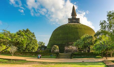 Polonnaruwa Ancient City, Rankot Vihara Dagoba,  Sri Lanka, Asia Imagens