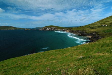 Near the ocean - Cliffs & nature at the coast of Ireland Stock Photo