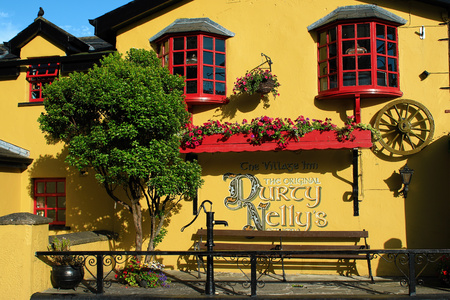バンラッティ、アイルランド