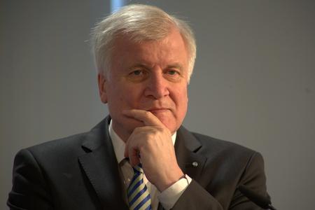 27. März 2017 - München - CSU Pressekonferenz - Horst Seehofer, CSU-Vorsitzender und Bayerischer Ministerpräsident Standard-Bild - 76719852
