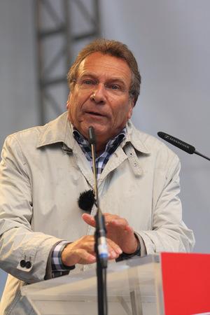 2013-09-12, Klaus Ernst, Bundestag deputy of the party The Left, at an electoral event in Munich Sajtókép