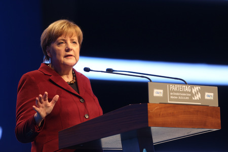 2015-11-20, Angela MERKEL CDU Federal Chancellor of Germany and Chairman of the Christian Democratic Union CDU on CSU party convention in Munich