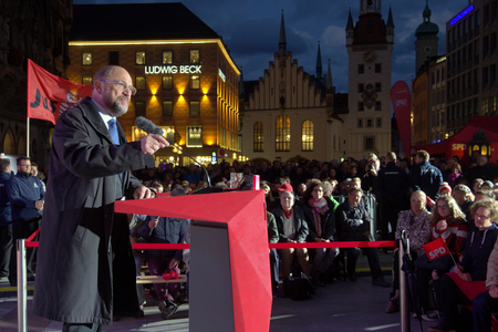 2017-09-14 Marienplatz Munich - Martin Schmid, SPD party chairman and candidate for the chancellorship gives a speech Editorial