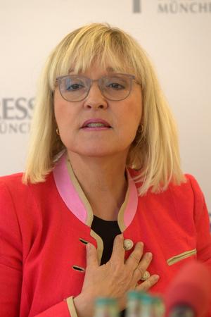 München, 22. Mai 2017 - Beate Merk (CSU), Ministerin für europäische Angelegenheiten der bayerischen Staatsregierung, besucht den Internationalen Presseclub von München Standard-Bild - 86020538