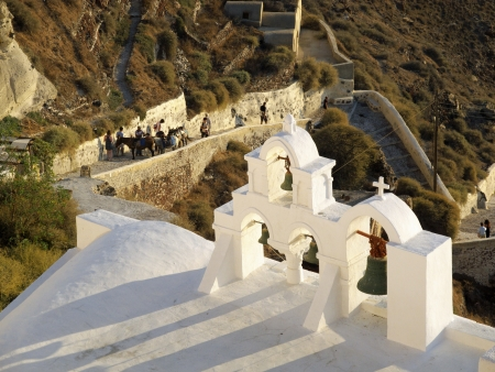 Sunset time in Oia, Santorini photo