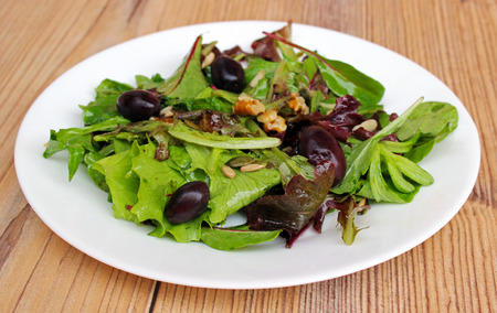Canonigos salad, nuts and olives