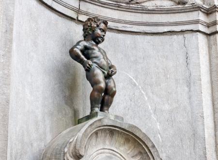 Berühmte Statue von The Manneken Pis, Brüssel, Belgien Standard-Bild - 23371880