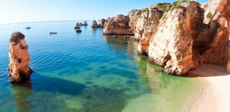 海岸の崖 (ポンタダピエダデ)、ラゴス、ポルトガル