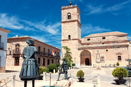 EL TOBOSO, SPAIN - AUGUST 23: Sculptures Don Quixote and Dulcinea del Toboso in El Toboso, Spain, 2013. The village is known thanks to  novel by Miguel de Cervantes Editorial