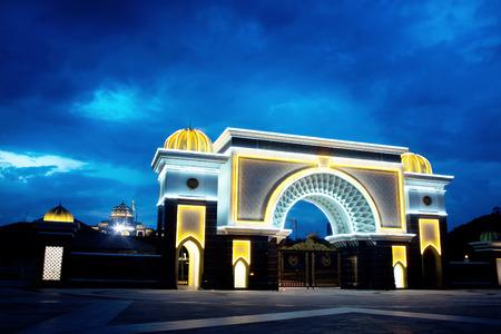 イスタナネガラ王宮 (イスタナ ネガラ)、クアラルンプール、マレーシアのゲート