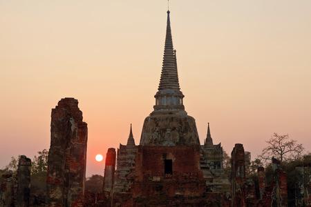 si: ruins of temple Phra Si Sanphet, Ayutthaya, Thailand