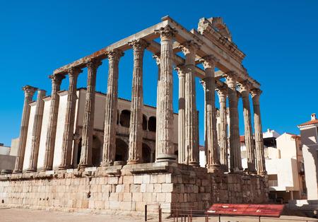 Roman temple: El templo romano de Diana en M�rida, Espa�a Foto de archivo