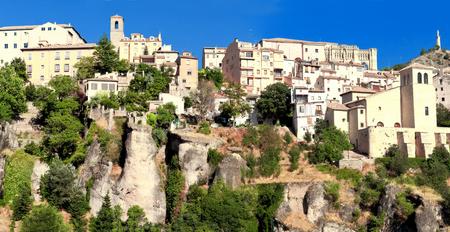 View of city of Cuenca, province Cuenca, Castilla-La Mancha, Spain. Standard-Bild