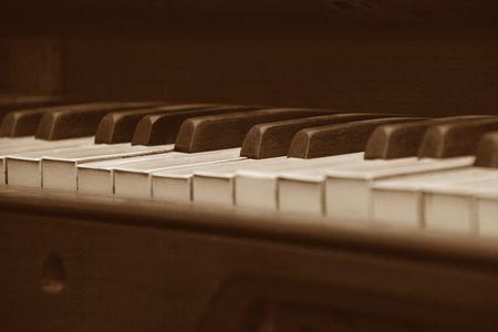 piano keys head on