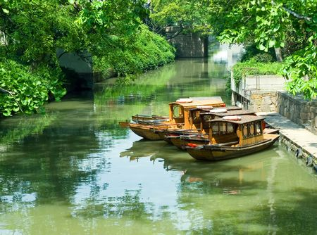 jiangsu: Tourist boats at the canal, Suzhou, Jiangsu province, China