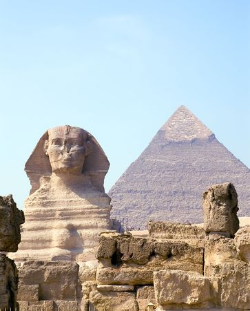 chephren: Sphinx and Pyramid of pharaoh Chephren, Giza, Egypt