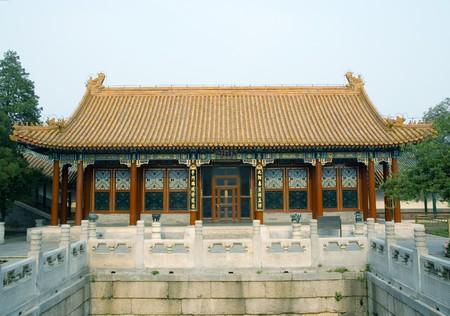 emperor of china: Pavilion at Summer Emperor Palace (Yiheyuan), Beijing, China