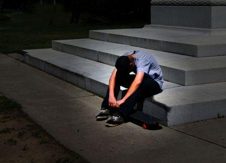 persona deprimida: Depresi�n adolescente Foto de archivo