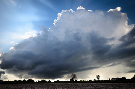 stupendous: Big Cloud over Farmlan