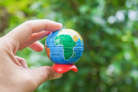 El concepto de medio ambiente para salvar el mundo es responsabilidad de las personas.