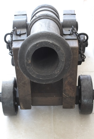 pounder: 3 pounder naval cannon