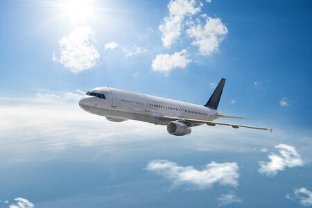 Airplane fly high in the sky 版權商用圖片