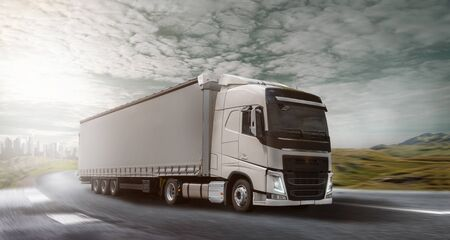 Truck on the road 版權商用圖片 - 130136925