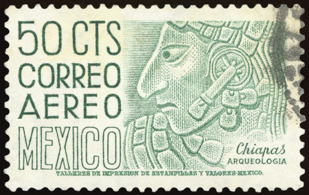 MEXICO - CIRCA 1960: A stamp printed in Mexico shows image of an archaeological find in Chiapas, Mexico, series, circa 1960 Редакционное