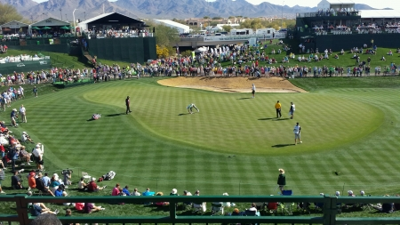 18th hole at Phoenix Open 版權商用圖片