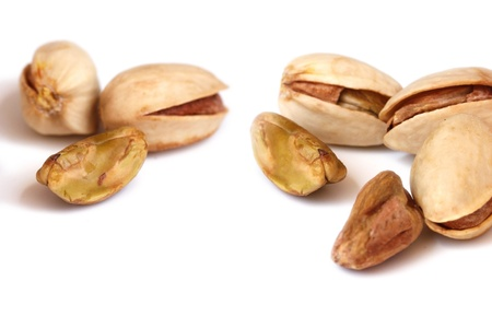 pista: Pista fruits with and without seed coat