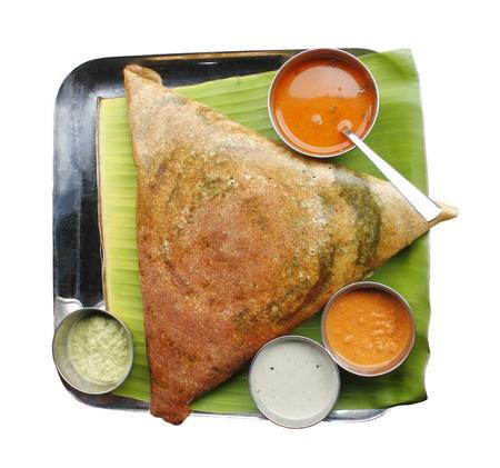 masala: Masala Dosa con diferentes tipos de salsa picante y sambar Foto de archivo