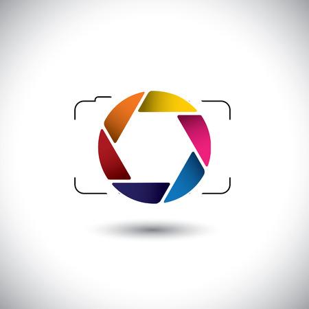point and shoot: abstracto punto y disparar la c�mara digital con colorido icono del obturador. Este gr�fico vectorial es una representaci�n vectorial sencillo de lente con estilo o apertura de una c�mara digital para tomar fotos y v�deos Vectores