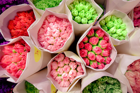 thailand bangkok: Pak Khlong Talat market at the mouth of the canal is a market in Bangkok, Thailand that sells flowers, fruits, and vegetables. It is the primary flower market in Bangkok and has been cited as a place of symbolic values to Bangkok residents. Stock Photo