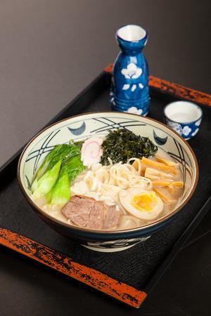 poner atencion: La cocina japonesa, la variedad patr�n, hecho cuidadosos, prestar atenci�n a la nutrici�n, la est�tica de cocina