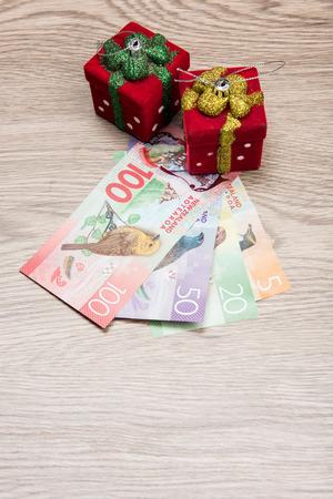 Christmas decorations and New Zealand Dollar 版權商用圖片